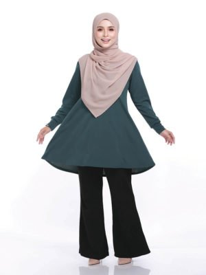 Laura Basic Blouse in Emerald Green